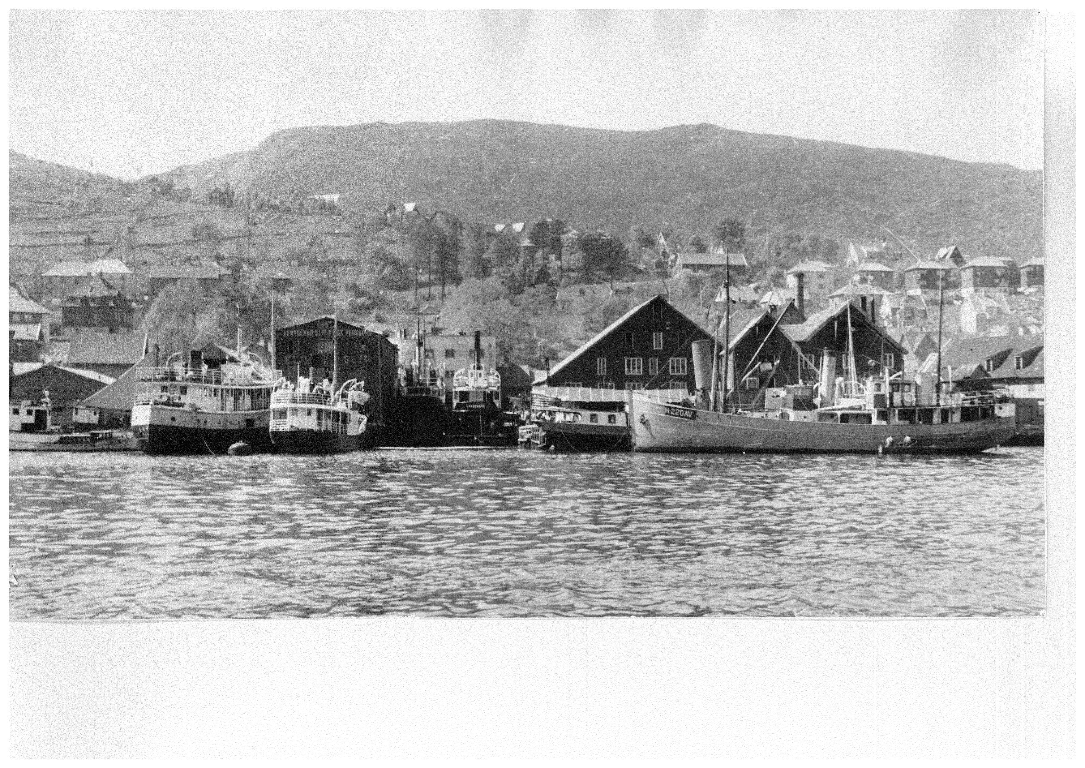 Frydenbø Slip og Mek - avfotografert